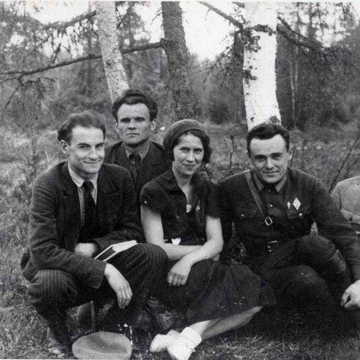 С.П. Королев с группой сотрудников РНИИ