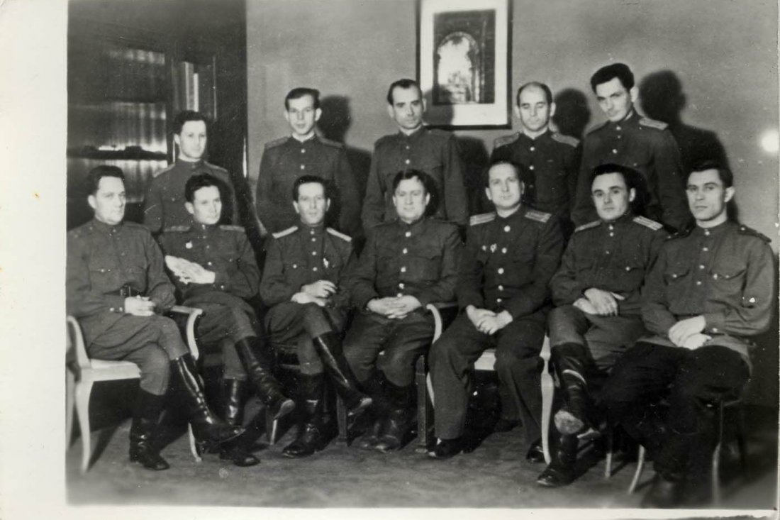Советские специалисты в области ракетной техники в институте «Рабе»