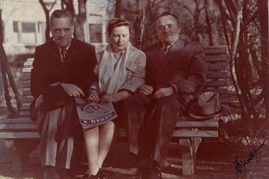 Академик Н.А. Пилюгин и академик С.П. Королев с женой на отдыхе