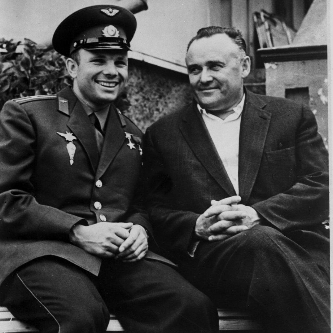 Ю.А. Гагарин и С.П. Королев на отдыхе
