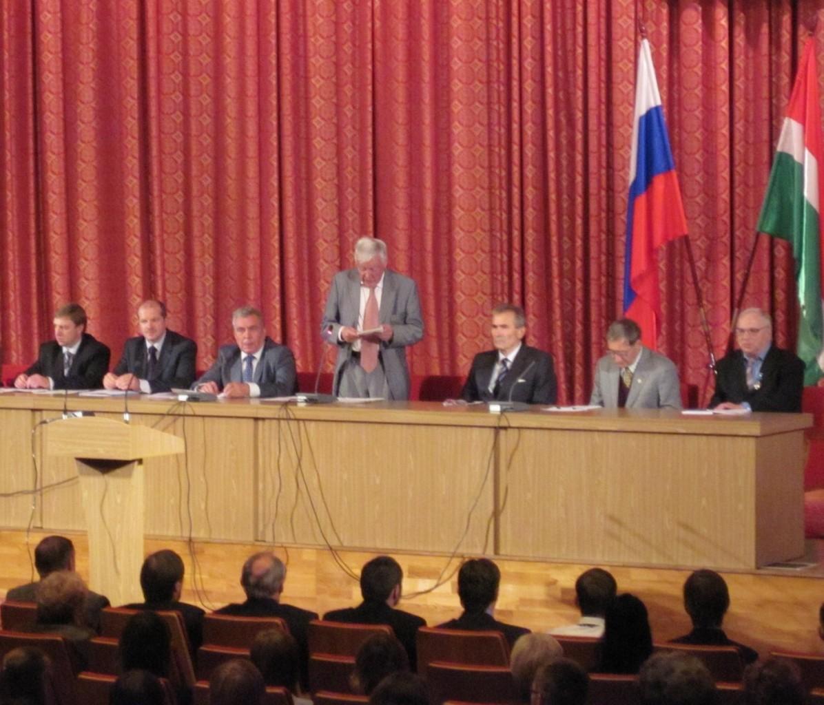 В.М. Орел выступает на 45 Научных чтениях памяти К.Э. Циолковского