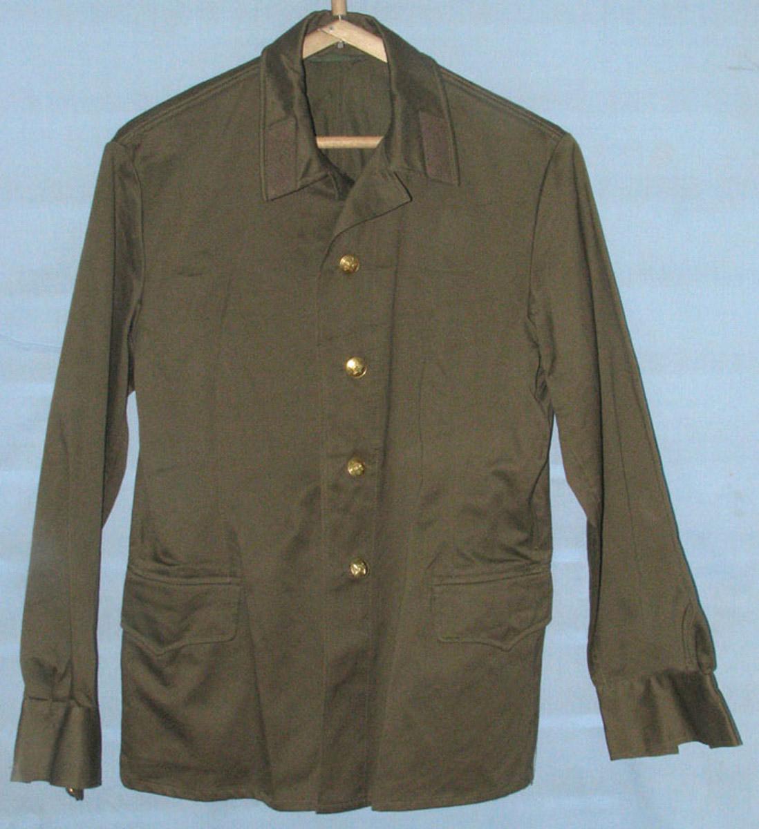 Куртка от полевой формы одежды.