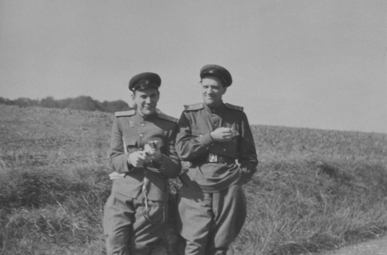 М.С. Рязанский и Н.А. Пилюгин. Германия. 1945 г.