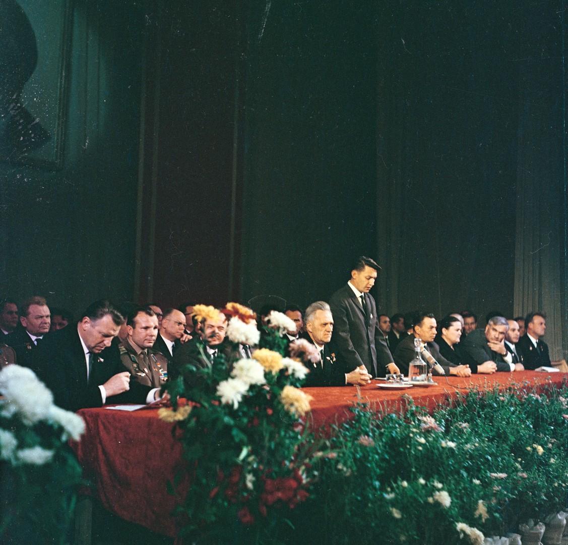 С.А. Афанасьев, Ю.А. Гагарин, Н.А. Пилюгин и другие. Москва. 1966 г.