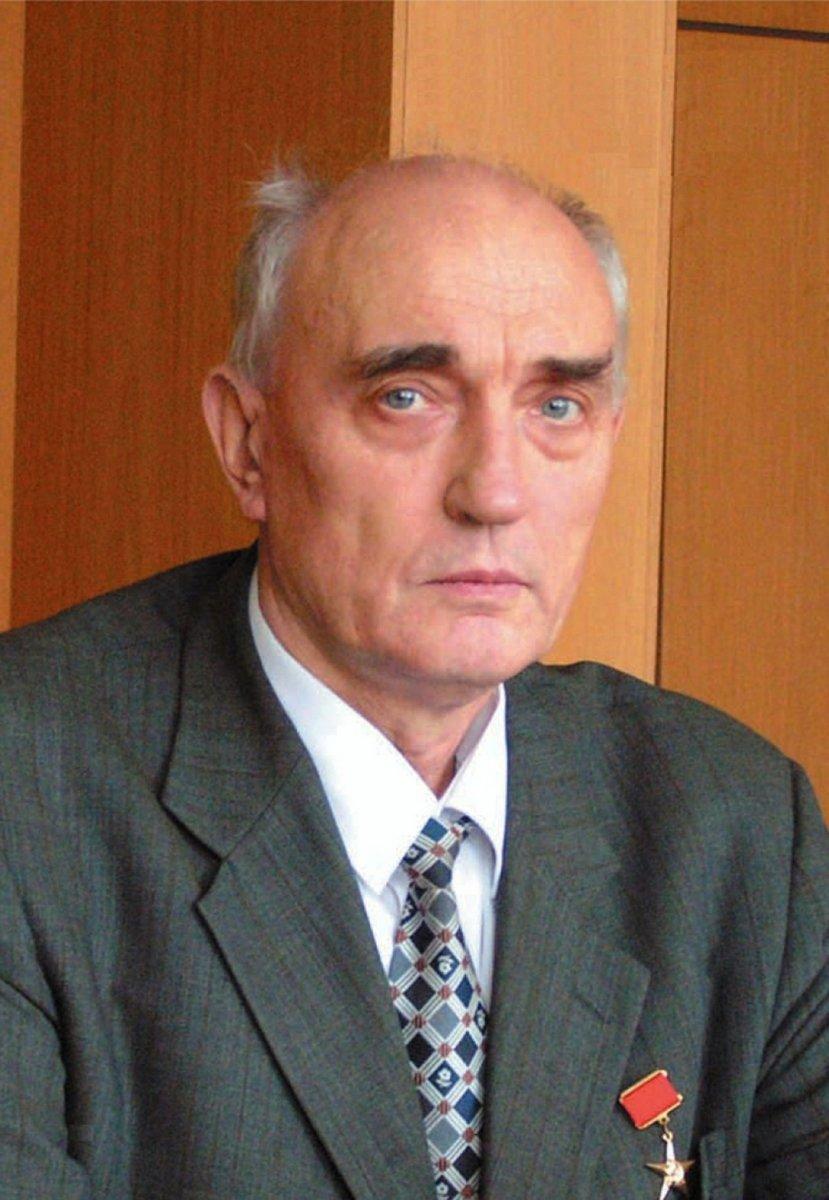 Юрий Владимирович Трунов - генеральный конструктор и генеральный директор НПЦ АП (с 1998 по 2001 г., с 2001 г. генеральный конструктор).