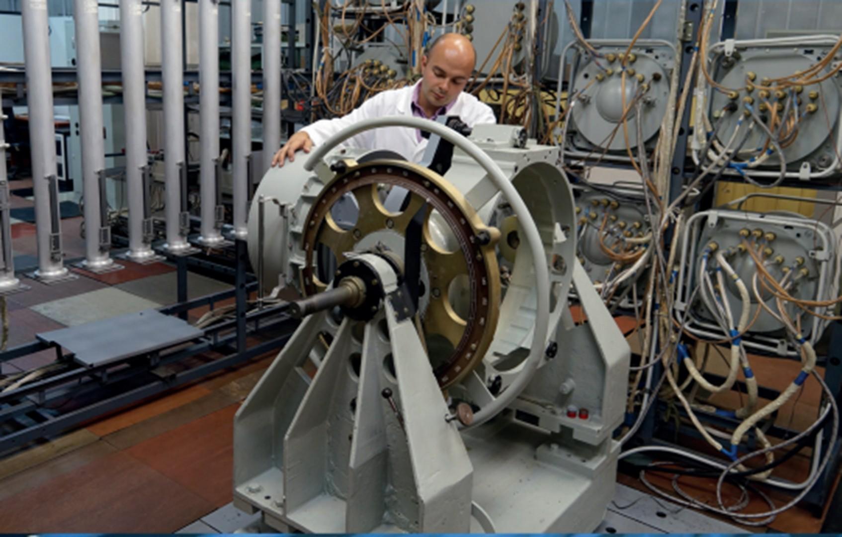 Комплексное проектирование и отработка системы управления ракетой-носителем «ПРОТОН-М».