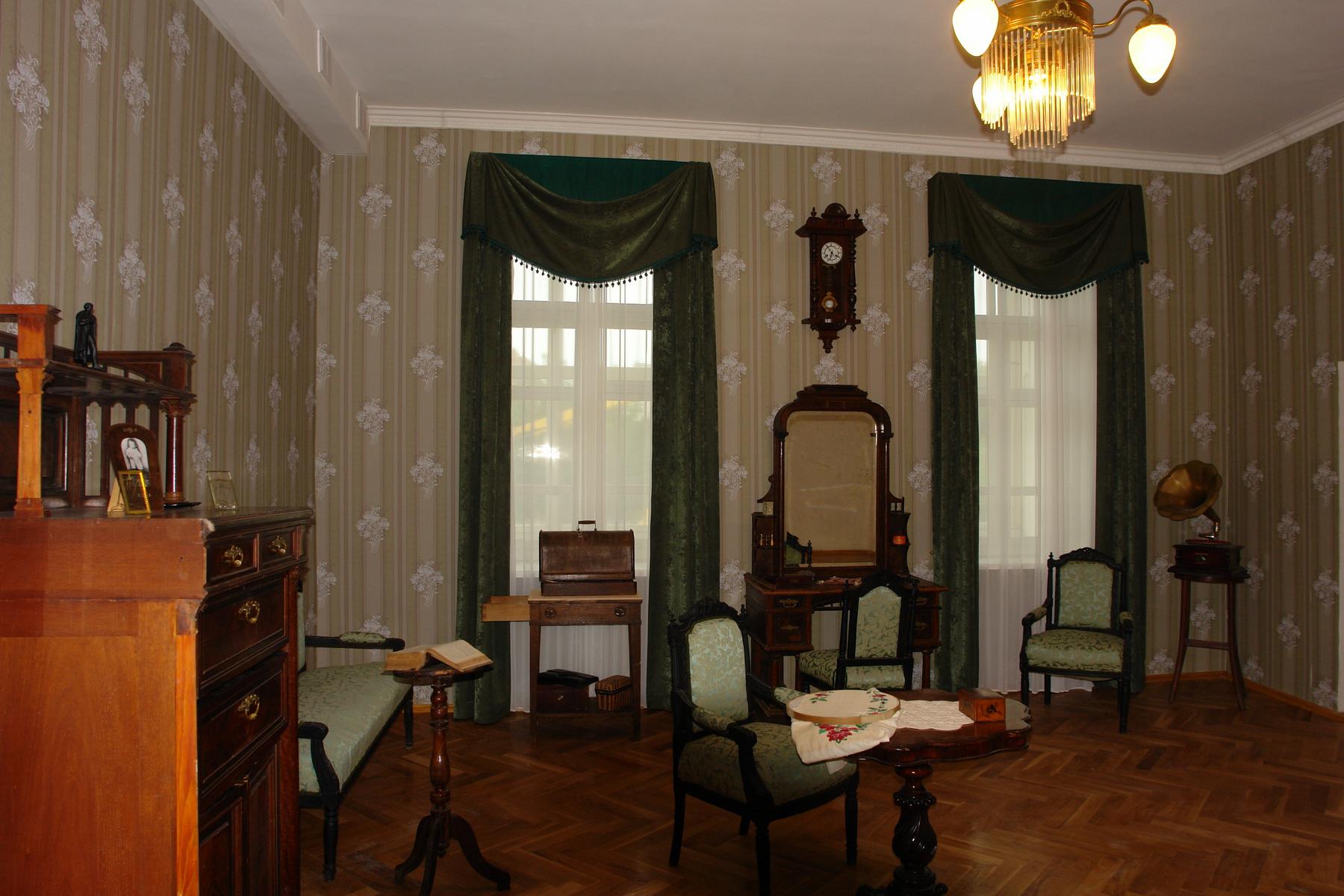 Комната Ольги Васильевны Лесли-Чижевской