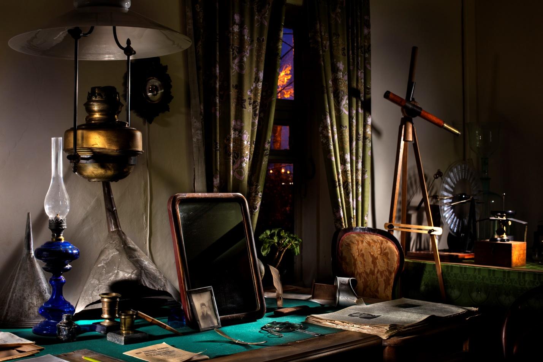 Рабочий стол в кабинете К.Э. Циолковского