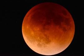 moon-2146596_1280