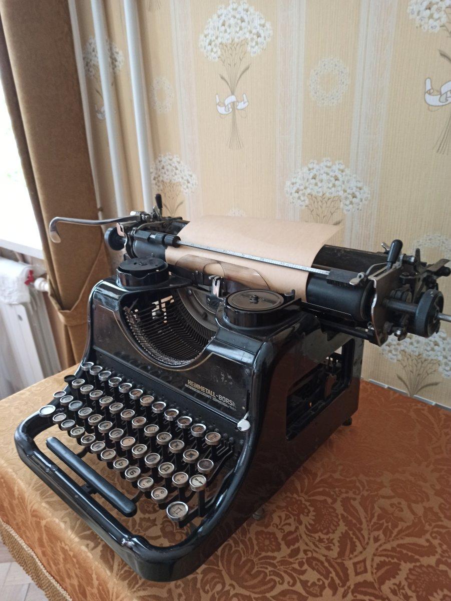 Пишущая машинка Rheinmetall