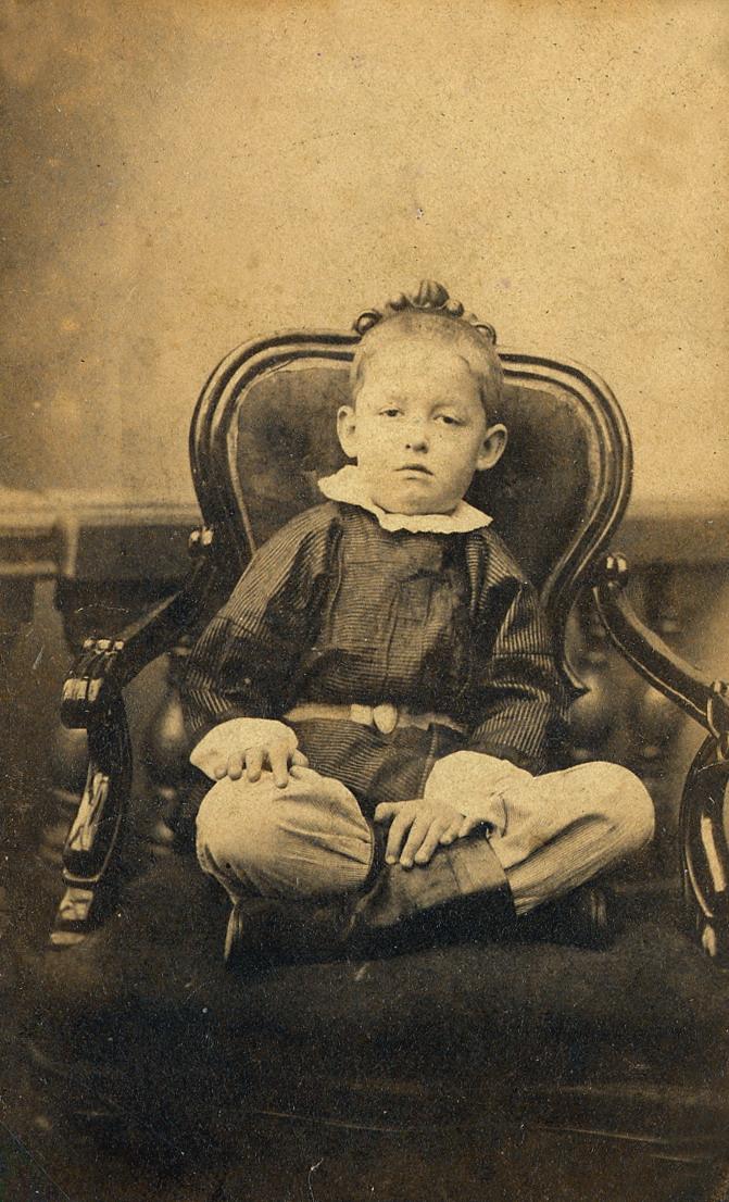 Костя Циолковский в возрасте 5-6 лет